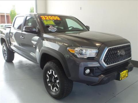 2018 Toyota Tacoma SR5 V6 (A6) 4x4 Double Cab 127.4 in. WB